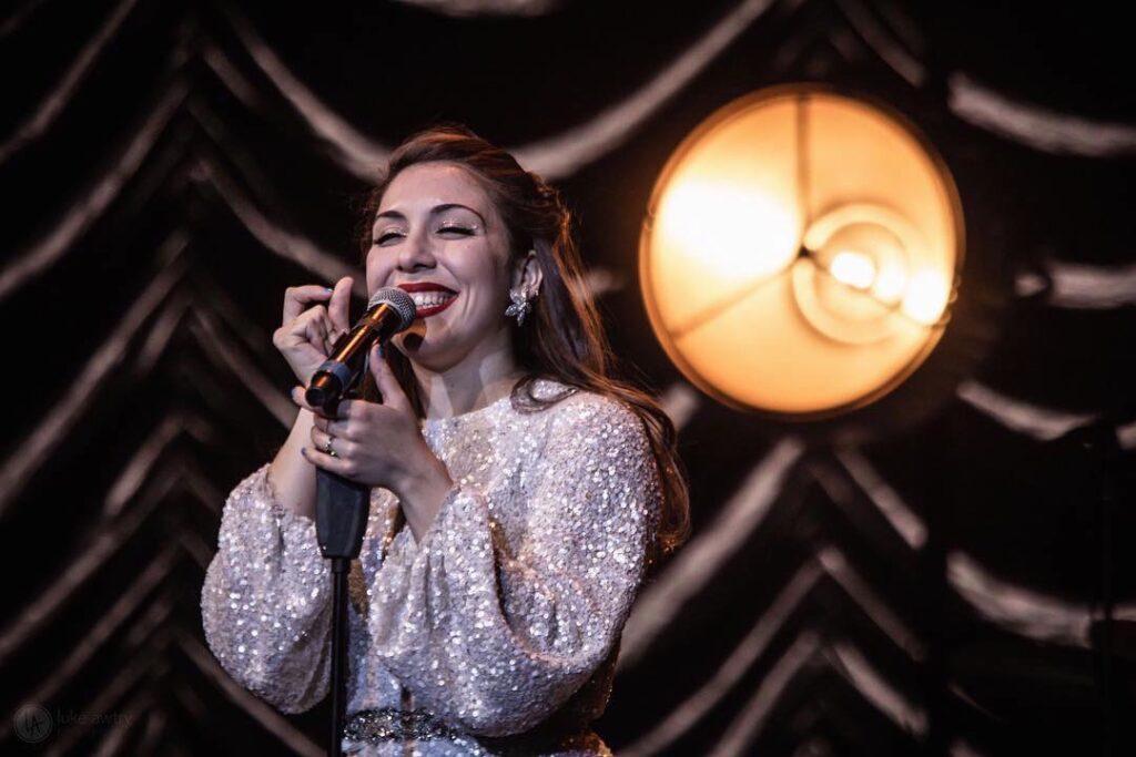 martina-da-silva-jazz-vocalist-weddings-events-vintage-jazz-band-postmodern-jukebox
